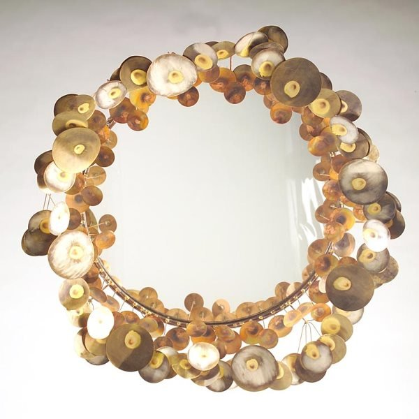 1148: CURTIS JERE Wall-hanging mirror, 1970, its border