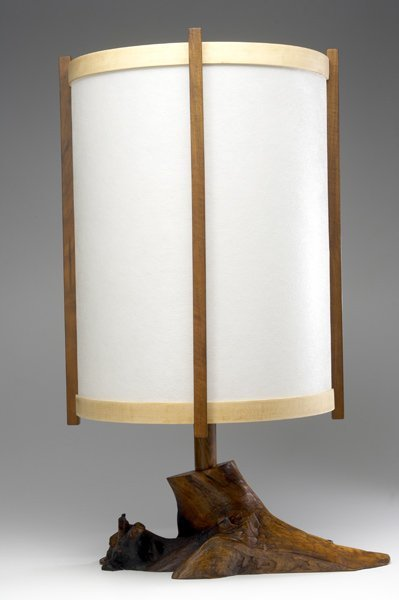 15: GEORGE NAKASHIMA Burlwood lamp with cylindrical par
