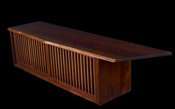 16: GEORGE NAKASHIMA Walnut Hanging Wall Case with gril