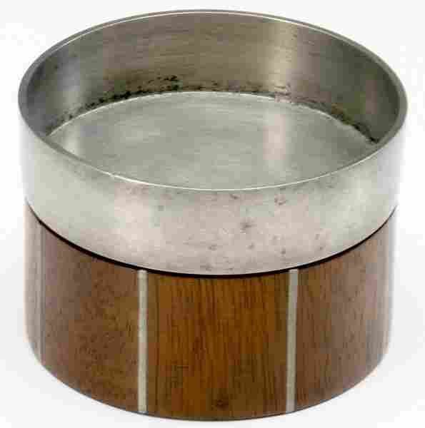 127: PAUL EVANS / PHILLIP LLOYD POWELL Walnut ashtray w