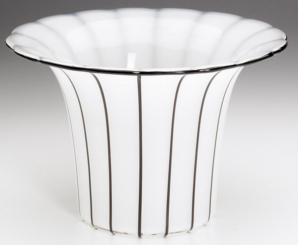 613: MICHAEL POWOLNY / LOETZ White glass flaring vessel