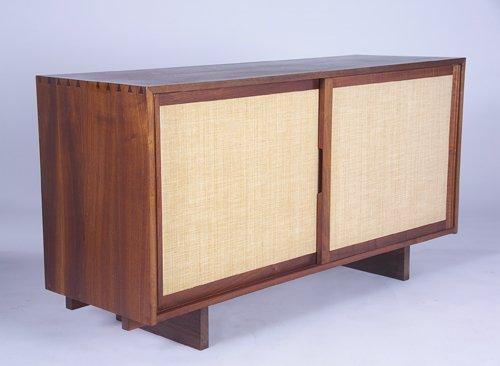 2: GEORGE NAKASHIMA Fine walnut dresser with pinned and
