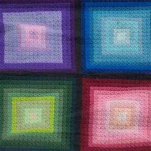 TEXTILE Woven wall-hanging with geometric pattern