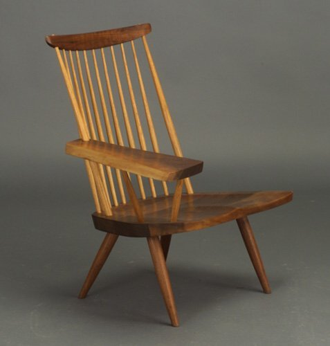 16: GEORGE NAKASHIMA walnut lounge chair with