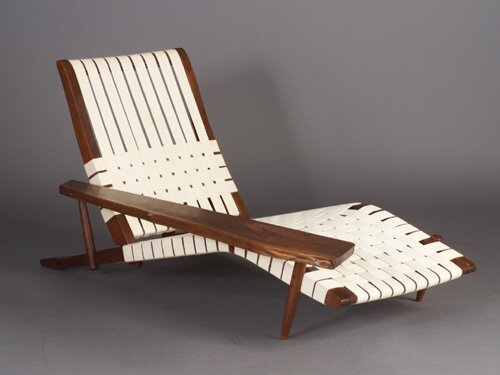 19: Fine GEORGE NAKASHIMA walnut Long Chair w