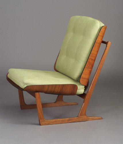 35: GRETE JALK teak chair with laminated bent
