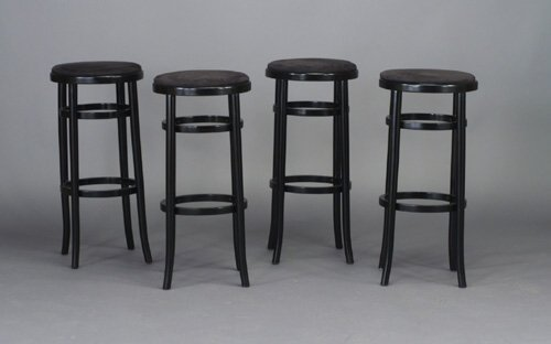912: Four THONET bar stools, each with black