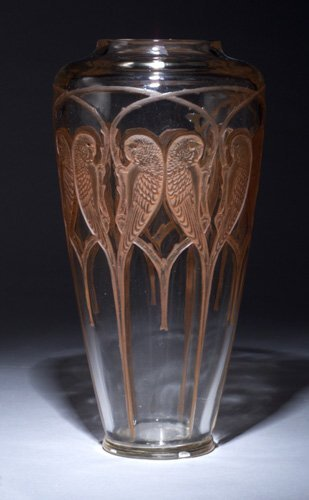 "713: Rare R. LALIQUE ""Inseparables"" vase, cir"