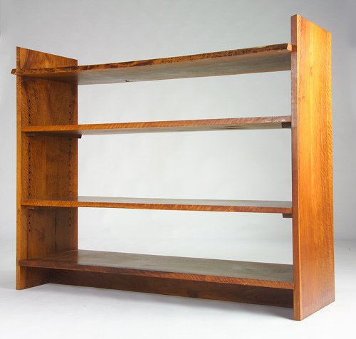 17: GEORGE NAKASHIMA Walnut open bookcase with four she