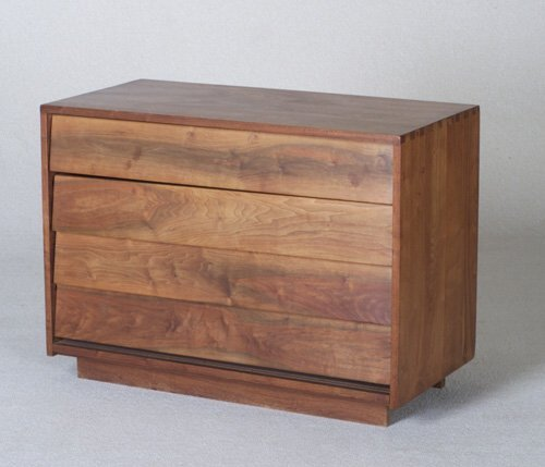 5: GEORGE NAKASHIMA Early, prototype walnut f