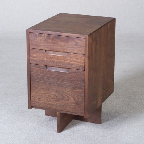 7: GEORGE NAKASHIMA Walnut three-drawer cabin