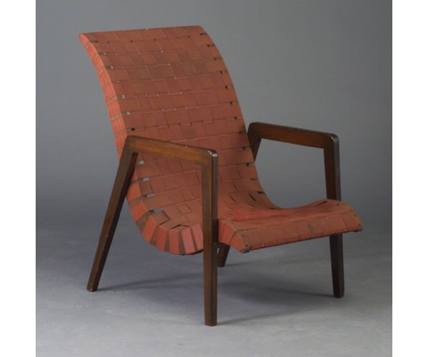 518: Armchair with angular wood sides and con