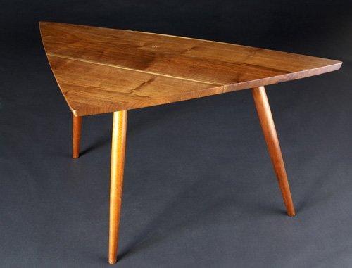 "11: GEORGE NAKASHIMA Black walnut corner table. 28"" x 5"