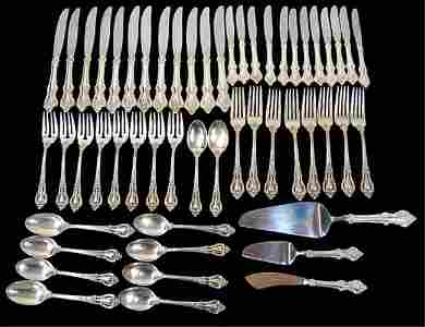 173: 53 pieces of Lunt Eloquence sterling flatware