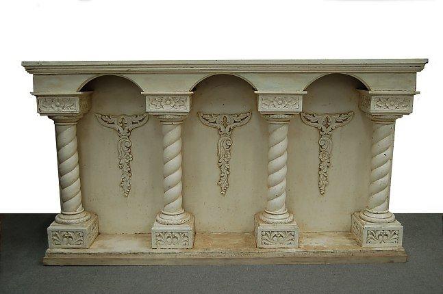 5: Off-white altar