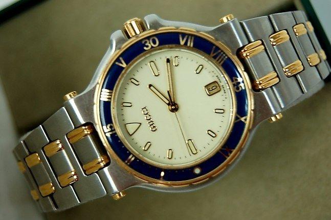 gucci 9700m. 14: gucci man\u0027s watch model 9700m 9700m