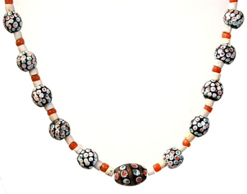 8: Egyptian Islamic period mosaic bead necklace
