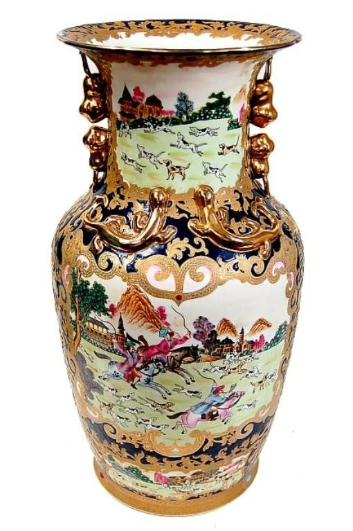 12: Vintage Chinese porcelain hand painted vase