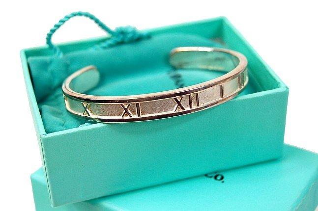 17: Tiffany & Co. 1995 Atlas bracelet