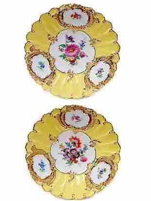 """Pair of Meissen 9.25"""" porcelain plates"""