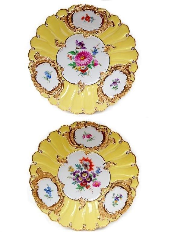 """11: Pair of Meissen 9.25"""" porcelain plates"""