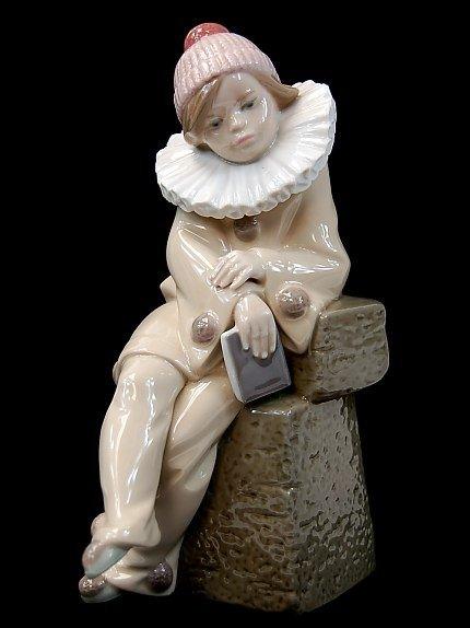 19: Lladro 5203 figurine