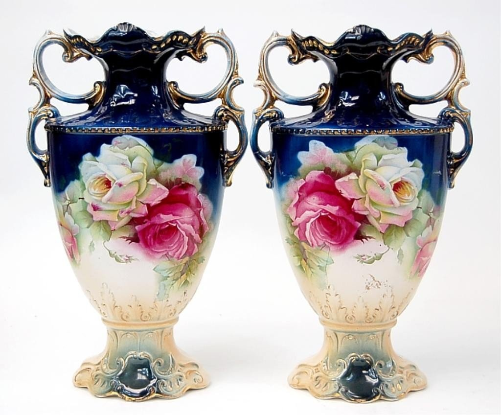 7: Pair of English mantle vases