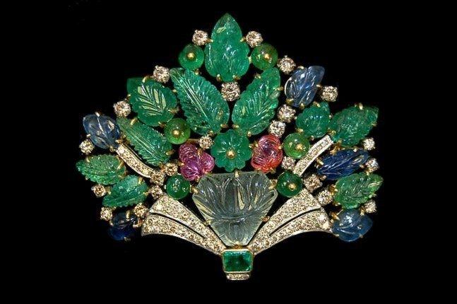 93: 18K Cartier style bouquet brooch