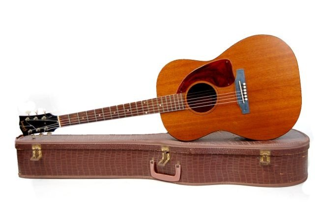 89: 1965 Gibson LG-0 acoustic guitar