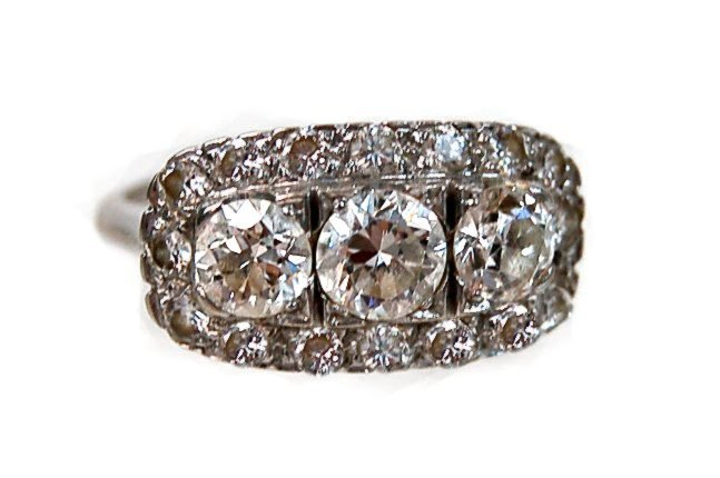 61: Estate 14K diamond ring 2 carats