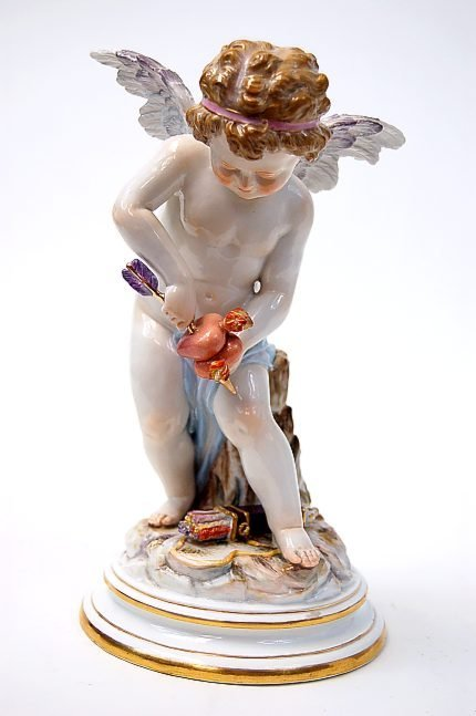 71: Meissen M series M116 Cupid emblematic of love, Hei