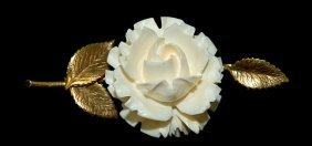"""17: 14K gold and ivory brooch measuring 2.5"""" long, exce"""