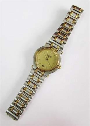 Gucci lady's watch Model 9000L 18k finish