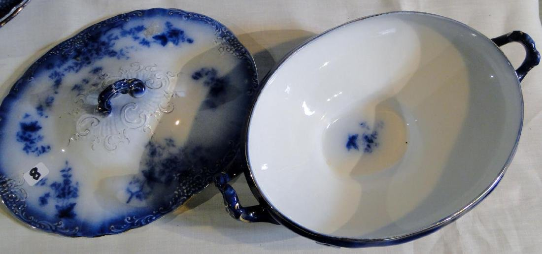 Flow Blue La Belle China Tureen & Dinner Plates - 4
