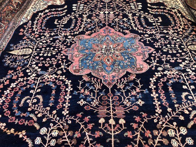 Antique Iranian Rug - 9