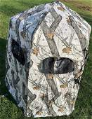 Pop-up snow camo ground blind with carrying bag - like
