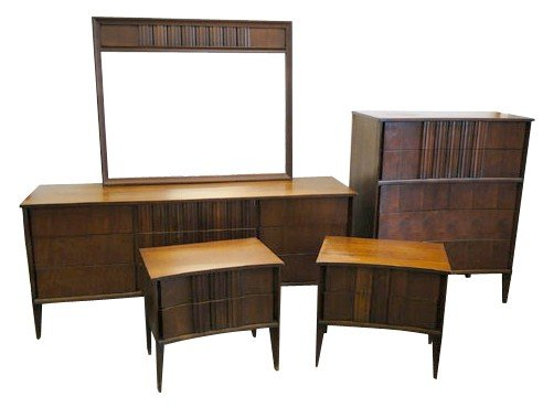 14: 1960's walnut 6 piece bedroom set. Manufacturer unk