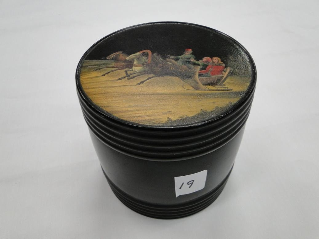 19: Early Russian lacquerware covered humidor with slei