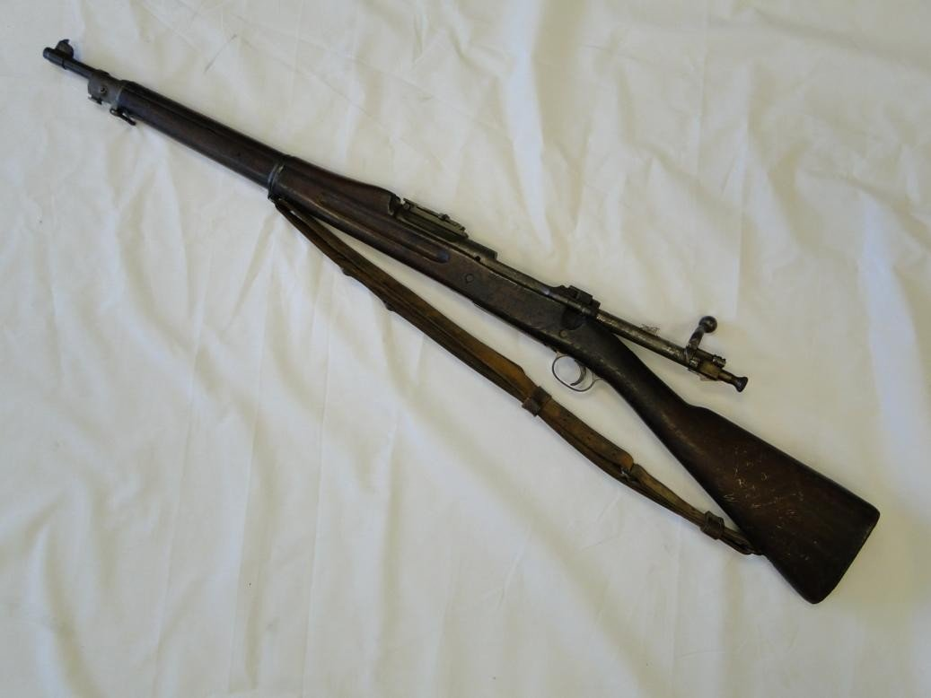 205: US Springfield bolt action M-1 WWII with all of th