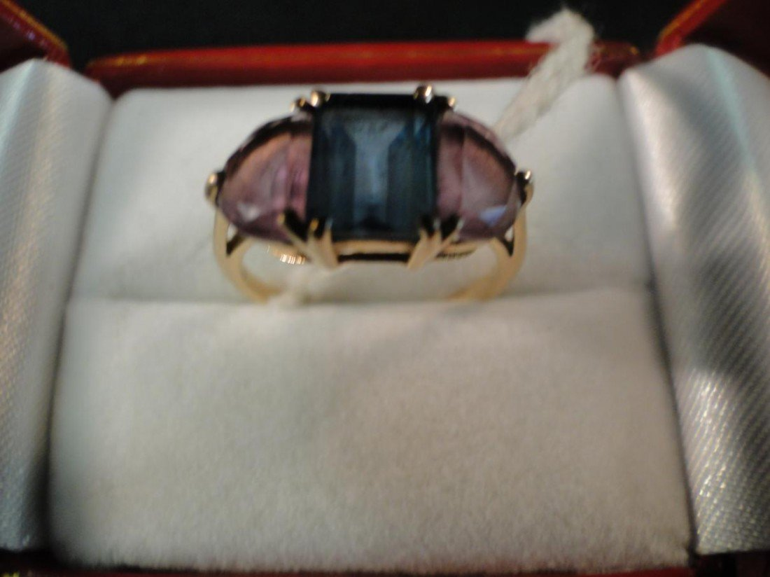 2: 14K yellow gold unsigned ring with over 1K square cu