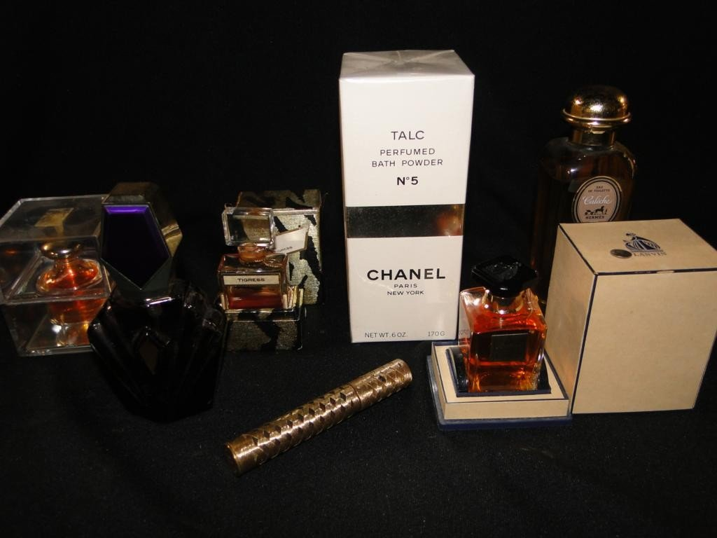 187: Group of perfumes including unopened Chanel No. 5