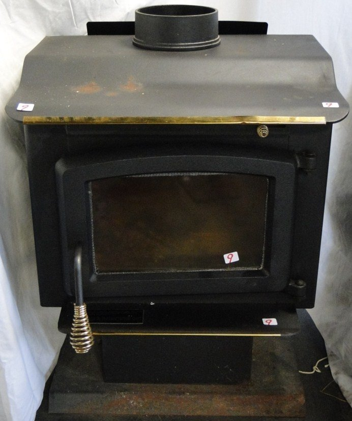 9: United States Stove Co. wood stove with blower, in g