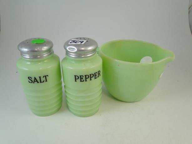 13: Jadeite salt and pepper shaker and measuring cup