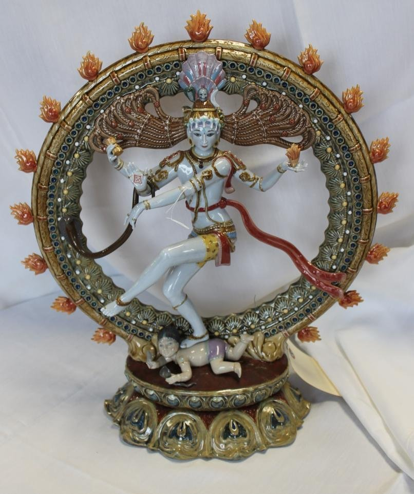 51: Rare limited edition Lladro porcelain figurine enti