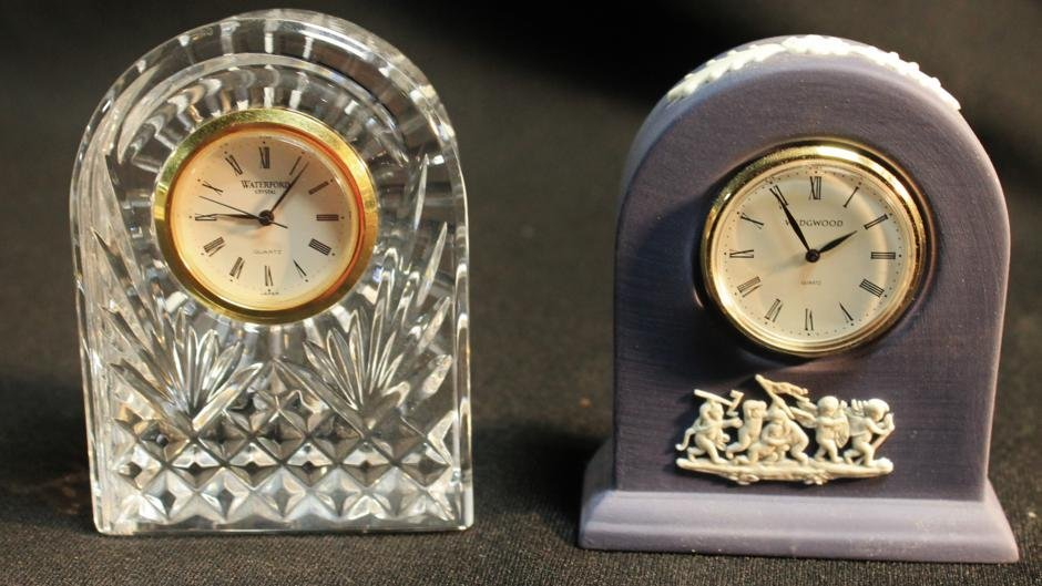19: Waterford crystal desk clock and a Wedgwood basalt