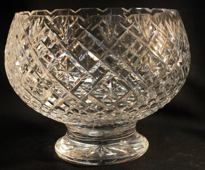 24: Large Waterford crystal center bowl