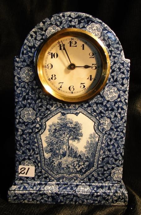 21: A blue and white decorative porcelain mantel clock