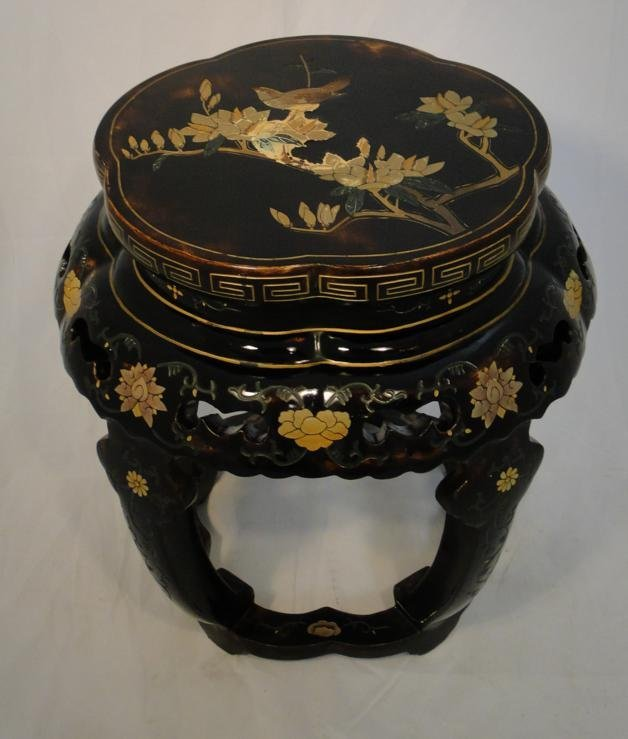 Oriental lacquered floral and bird decorated stand in e