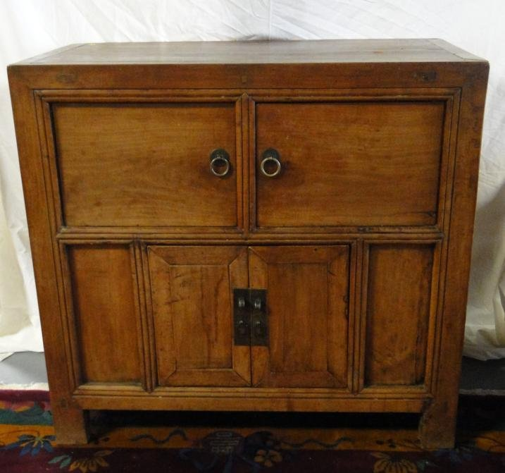 1810-1820 honey tone camphor storage chest with double