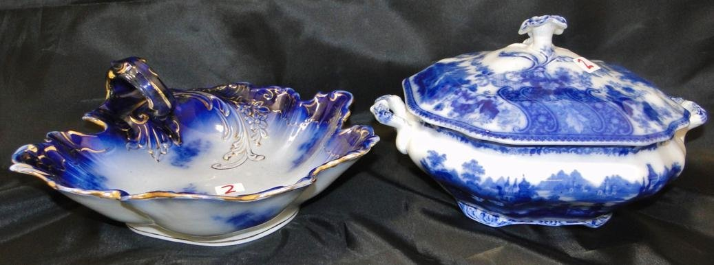 Double handled flow blue scenic covered vegetable in